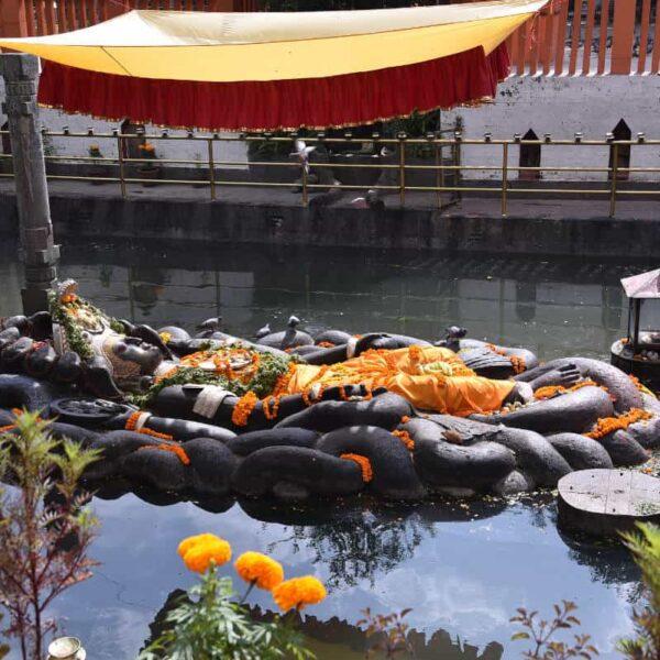 11nepal religious tour