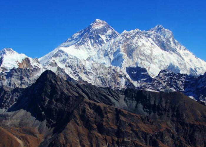 everest high passes trekking